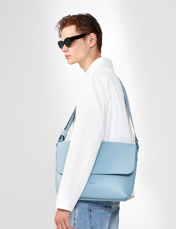 Buffing Leather Round Cosy Cross Bag_Sky Blue