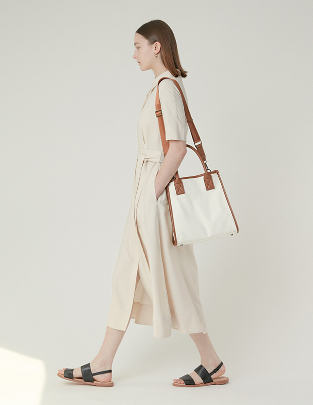 [Woman]Carolyn Canvas Square tote bag_Brown