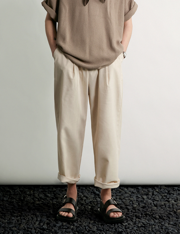 Tapered Wide One Tuck Linen pants_Oatmeal